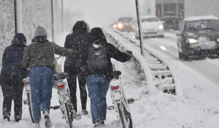 Alerte météo : un vortex polaire glacial provoquerait l'un des hivers les plus froids depuis 30 ans
