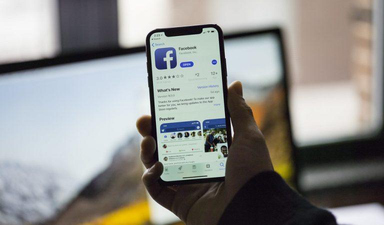 Facebook : un bug active l'appareil photo à l'insu des utilisateurs