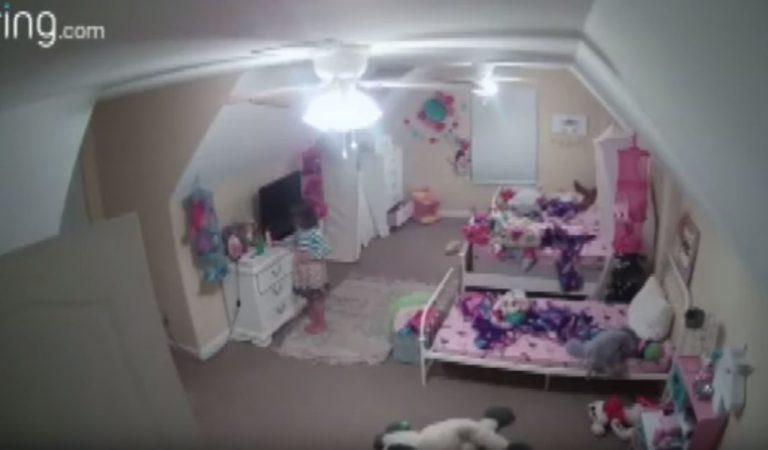 « Bonjour, je suis le père Noel » : un pirate a hacké la caméra installée dans la chambre de trois filles