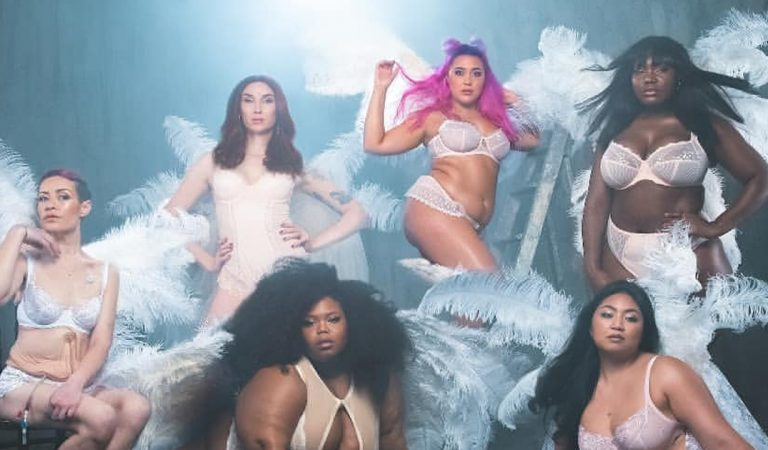 Une photographe recrée la version body positive du défilé Victoria's Secret