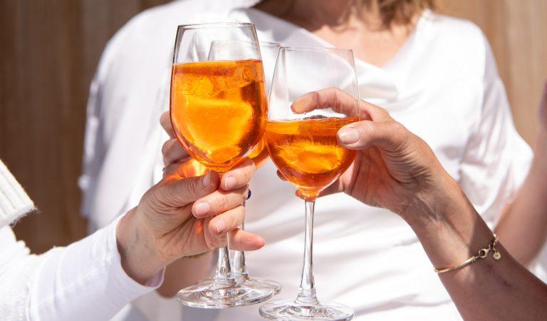 Selon une étude boire un verre d'alcool par jour augmente l'espérance de vie