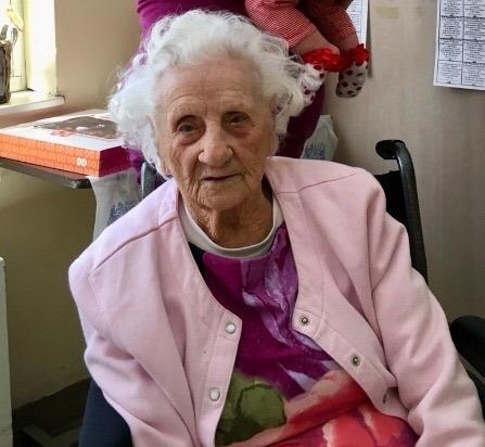 Jennie Stejna 103 ans guerie de covid-19