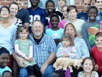 Le couple Briggs et leurs 38 enfants.