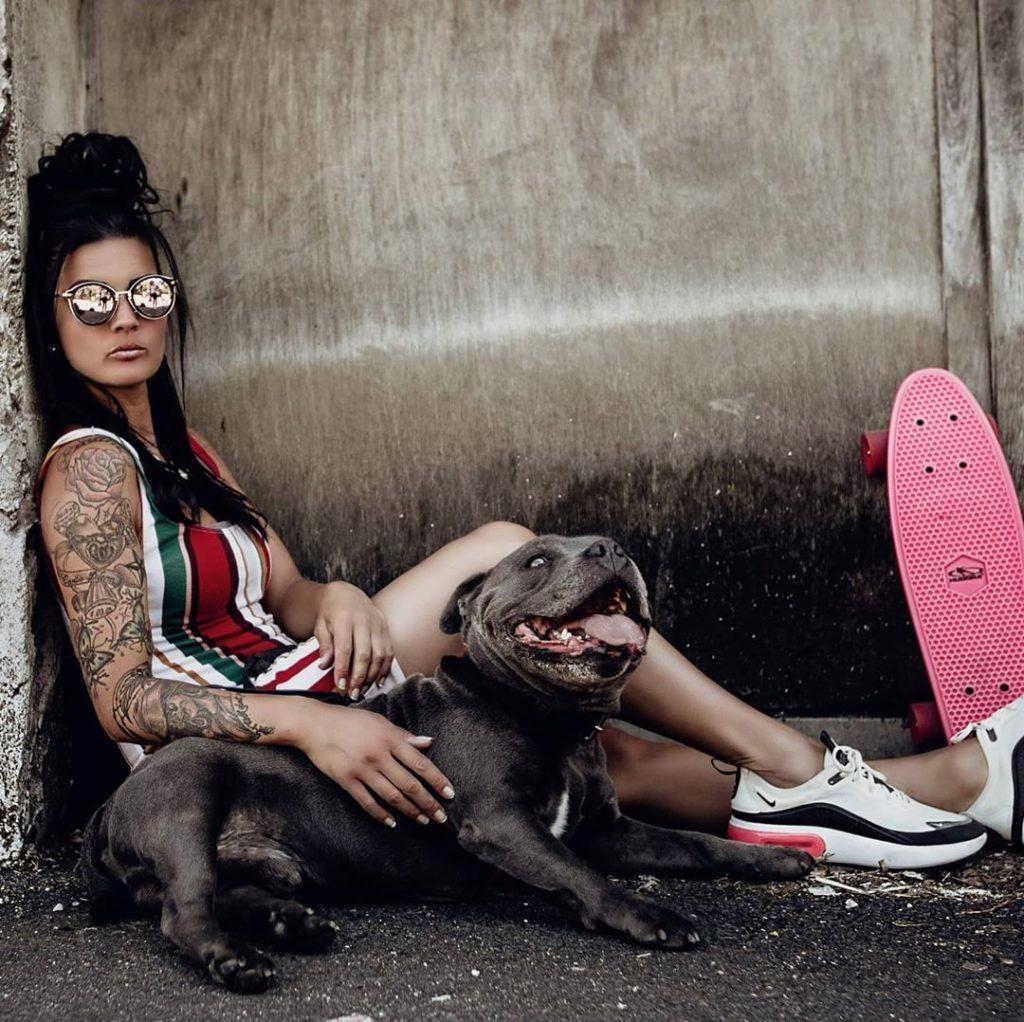 Jessica Potel avec son chien.