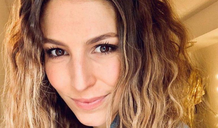 Laury Thilleman en bikini avec une autre Miss France : internet s'enflamme !