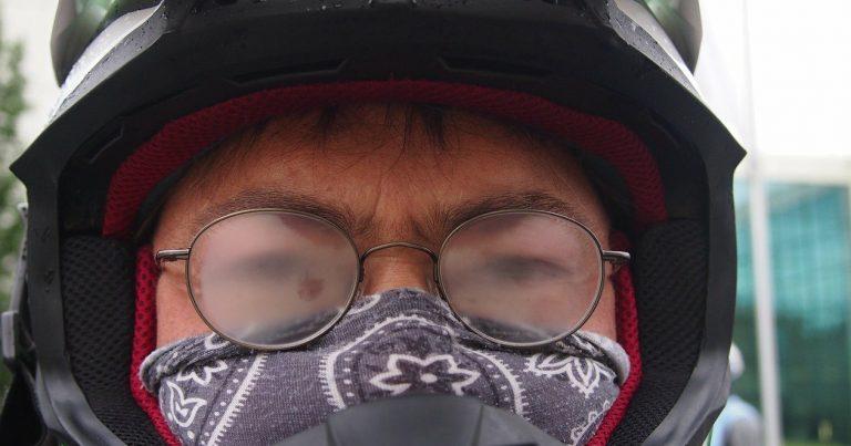 Masque facial astuces anti-buée pour lunettes