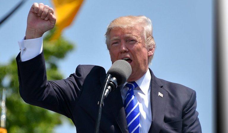« Regardez-moi cette paire de fesses»: Les propos de Donald Trump sur une adolescente de 15 ans indignent