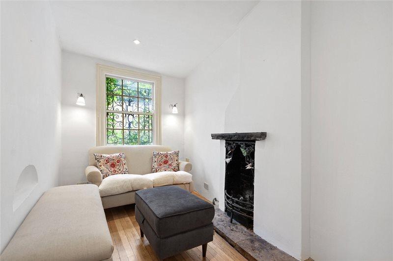 espace séjour maison plus étroite de Londres