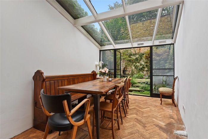 Slim House London salle à manger jardin