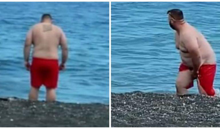 Vidéo : elle piège son petit-ami avec un maillot de bain qui se dissout dans l'eau !