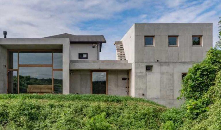 Cette maison conçue par des architectes japonais est sûrement l'une des plus étonnantes au monde! (photos)