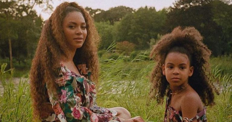 Blue Ivy avec sa maman Beyoncé