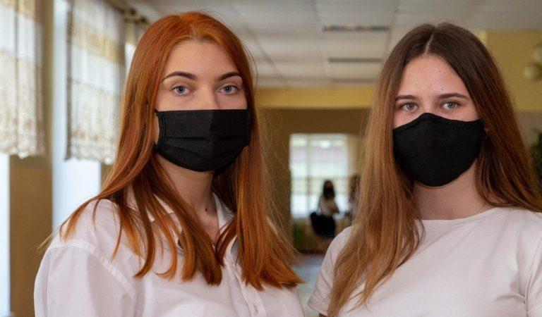 #TshirtDeLaHonte : des collégiennes suisses forcées de porter un t-shirt long en cas de tenue «indécente»
