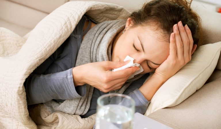 Grippe : TOP 5 des meilleurs remèdes 100% naturels qui permettent de la soigner