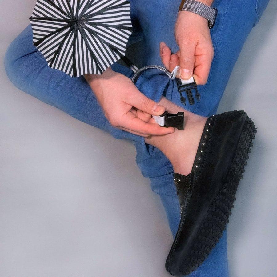 Petit parapluie pour protéger les chaussures