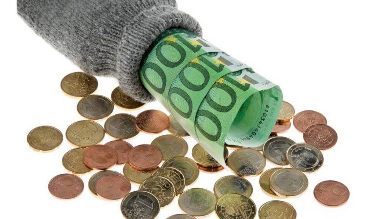 RSA, ASS : Qui recevra les 150 euros supplémentaires promis par Emmanuel Macron ?