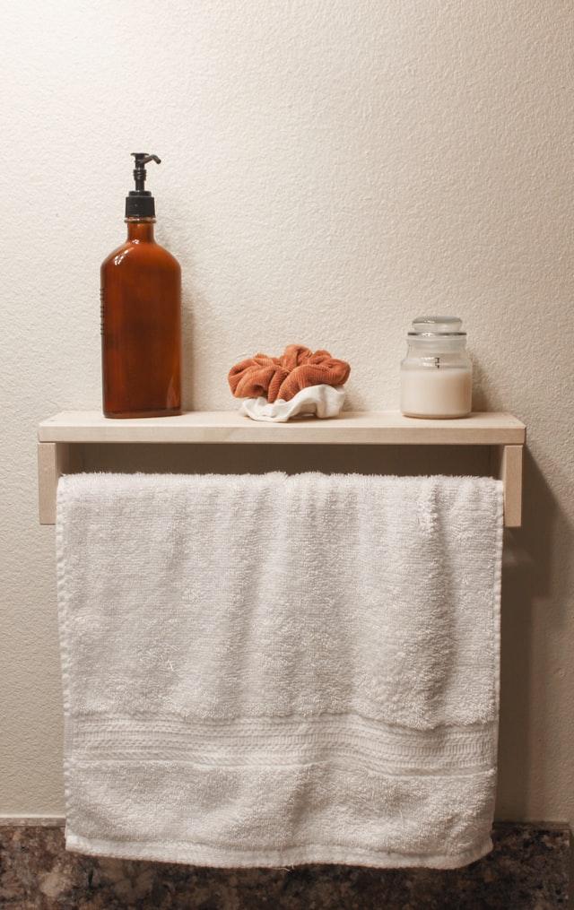 erreur douche utiliser même serviette plusieurs fois