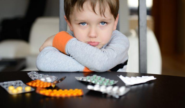 Consultez la liste des médicaments «à éviter» en 2021, selon la revue Prescrire