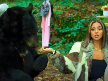 Wejdene avec un ours