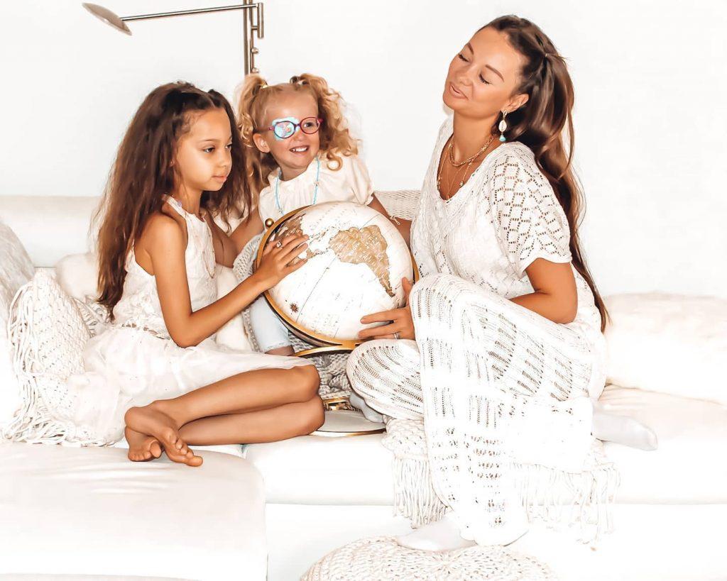 Alexandra Pornet et ses filles