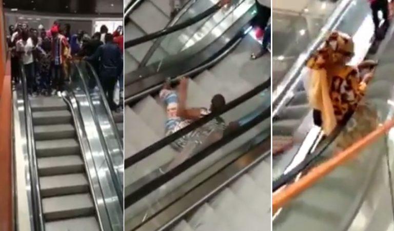 Quand les camerounais utilisent pour la première fois un escalator