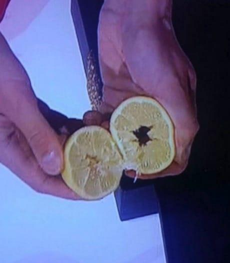 secrets tours de magie billet dans le citron trou secret