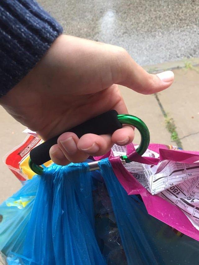 truc astuce facile transporter sacs courses simplifier vie quotidienne