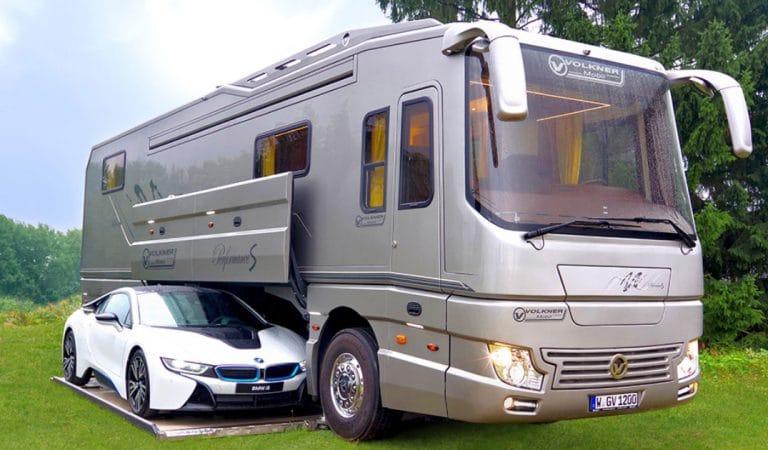 Le camping-car le plus cher d'Europe est aussi confortable qu'une villa de luxe