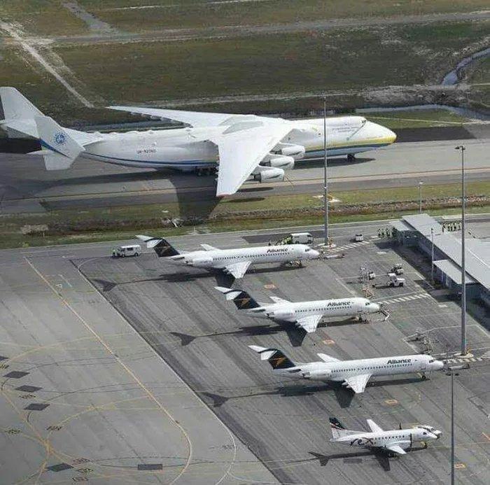 avion de ligne géant