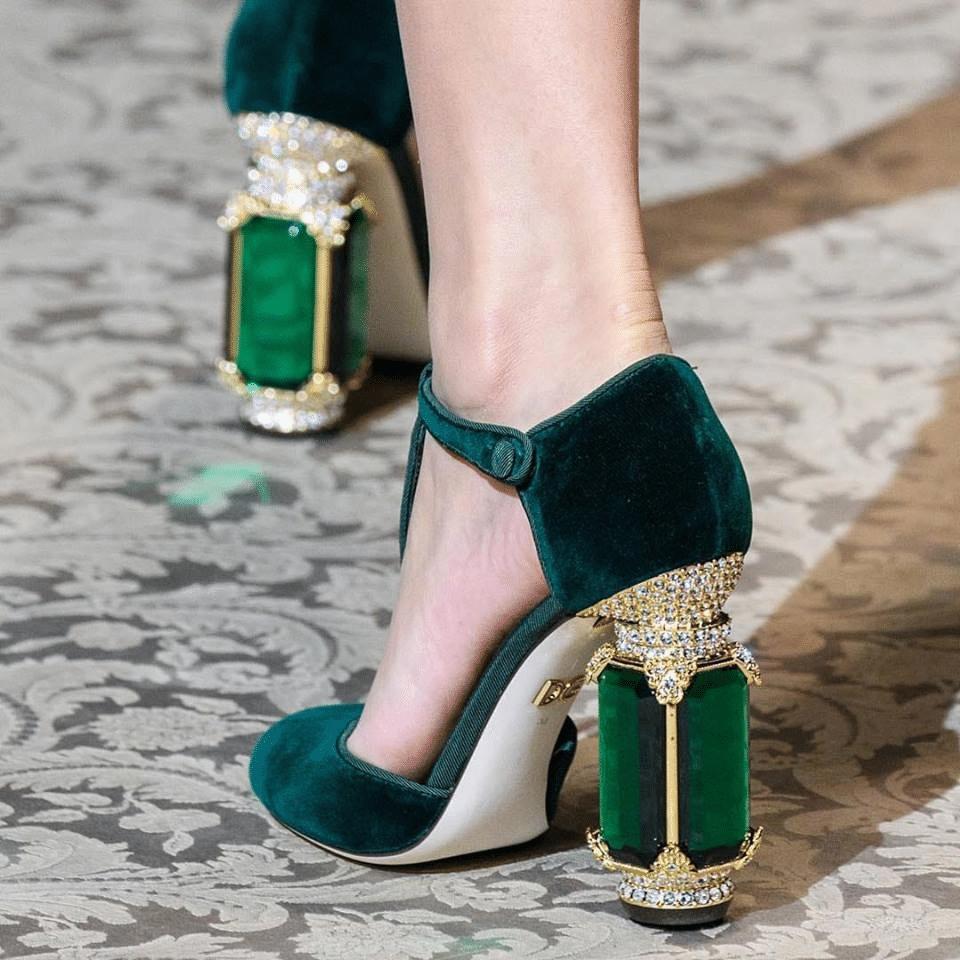 des chaussures à talons insolites