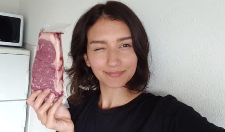 Une ancienne végétalienne remange de la viande après 4 ans et poste une photo avant/après