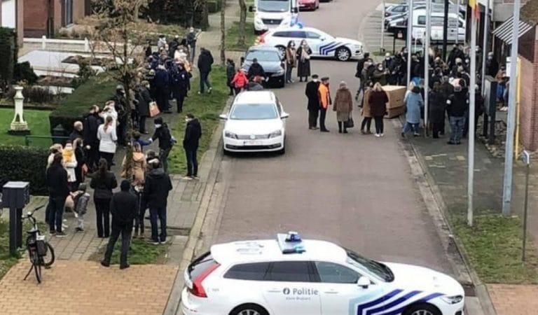 Le mariage d'un policier belge fait polémique sur les réseaux sociaux