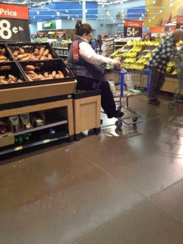 Cliente supermarché impolie