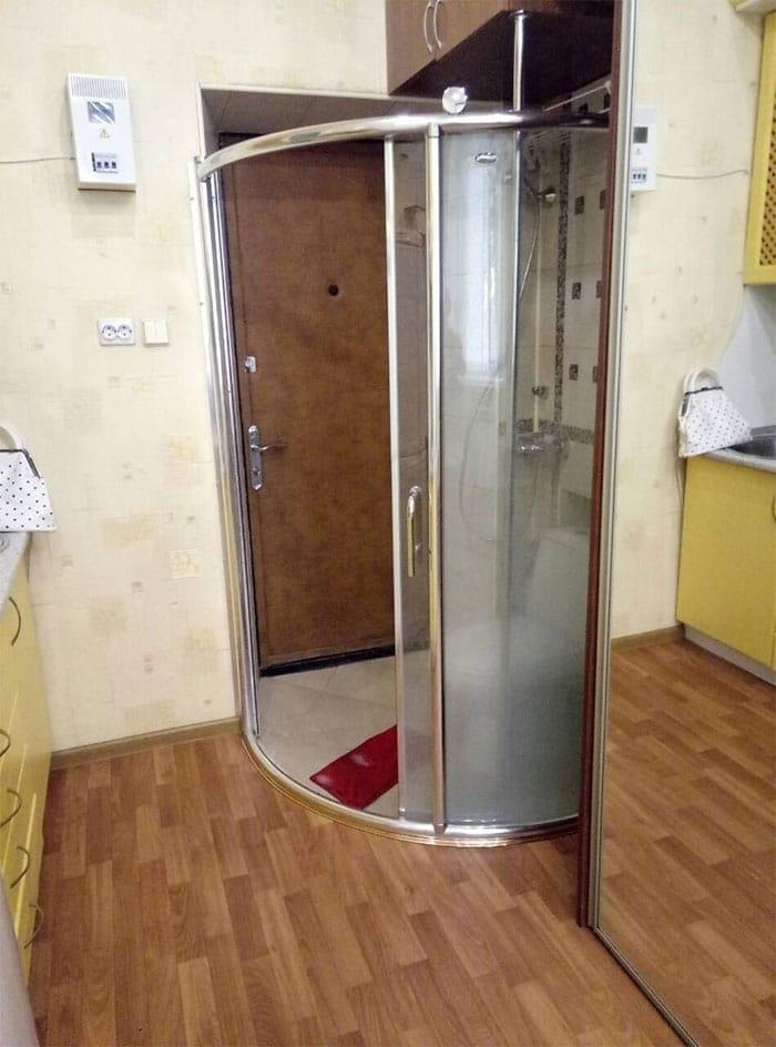 salle de bain dans l'entrée
