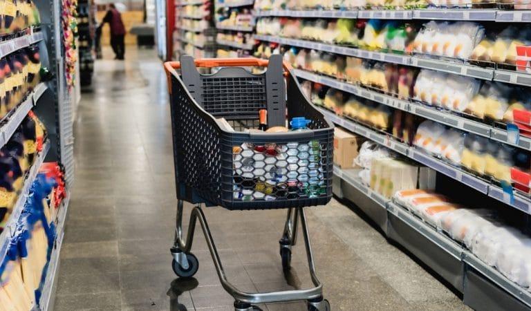 Supermarchés : ces produits dont les prix pourraient s'envoler en 2021 !