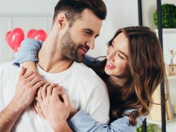 Un couple qui fête la st-valentin