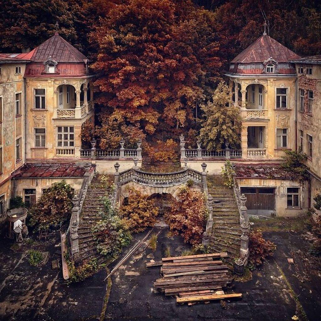 AnbandonedPorn lieux abandonnés glauques