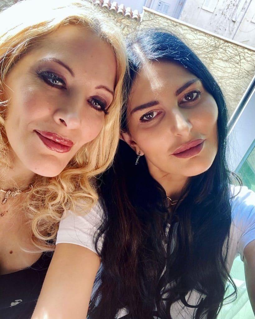 Loana et Sylvie Ortega