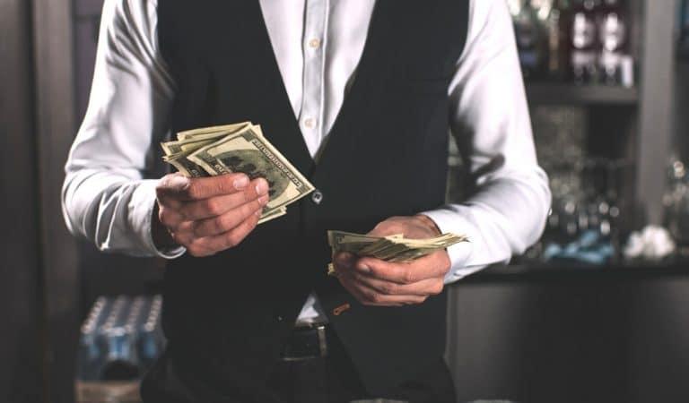 USA: Le client d'un restaurant laisse 1100 euros de pourboire et un message sur l'addition