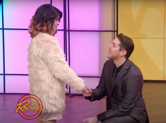 La demande en mariage de Brandon dans le Rachael Ray Show