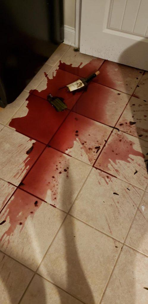 Casser une bouteille de vin