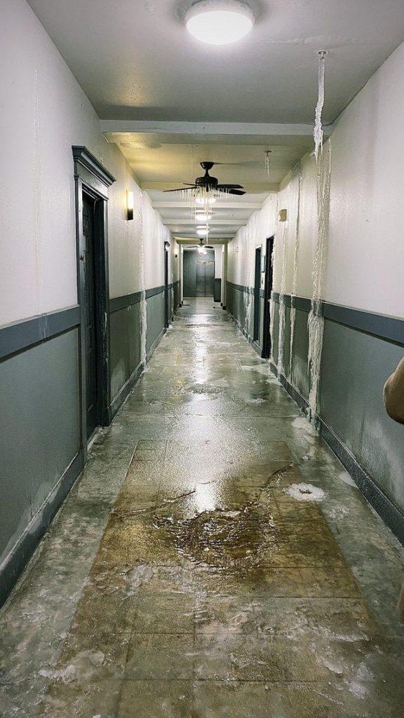 Une inondation dans un immeuble