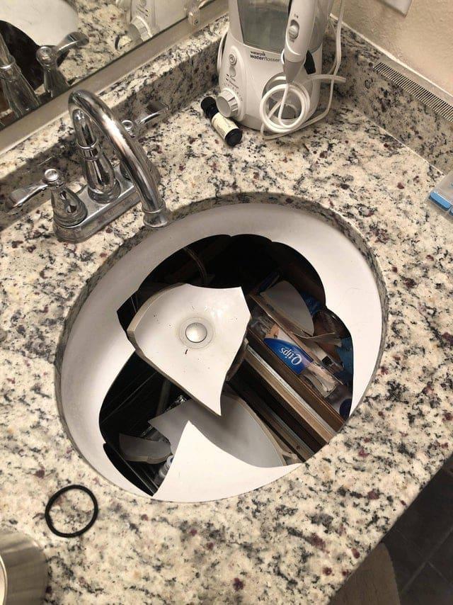 Un robinet cassé