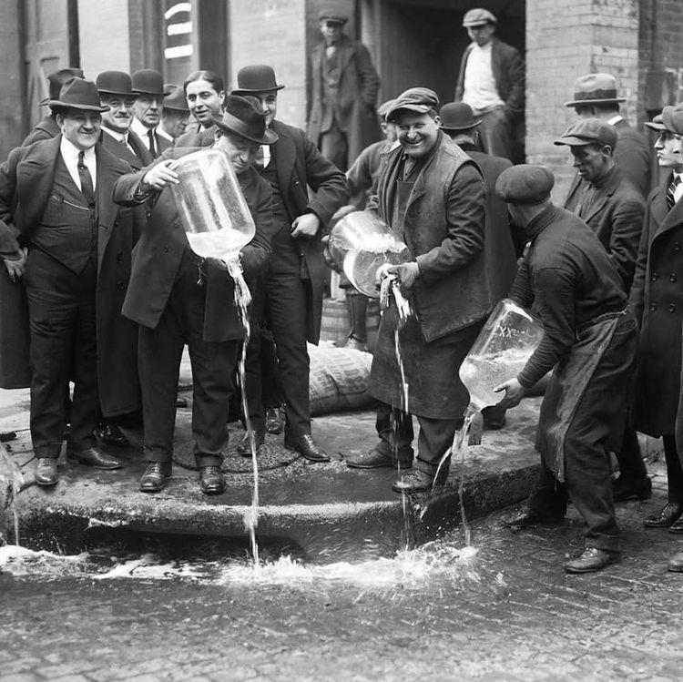 photo ancienne de la prohibition à new york