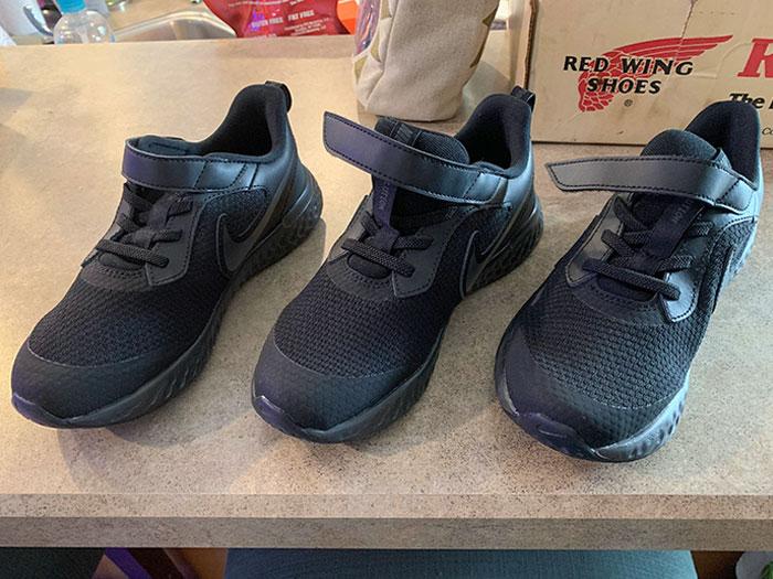 Un achat trompeur sur internet : des baskets pour le bon pied