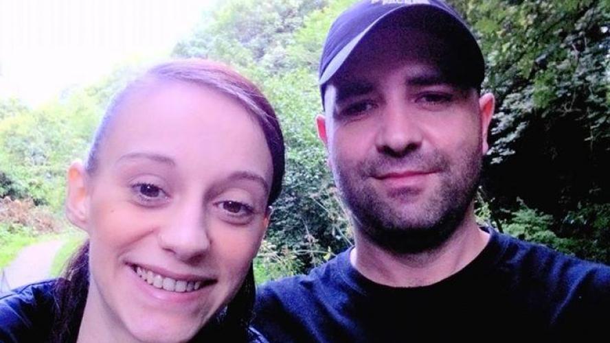Michael Harris avec son compagnon