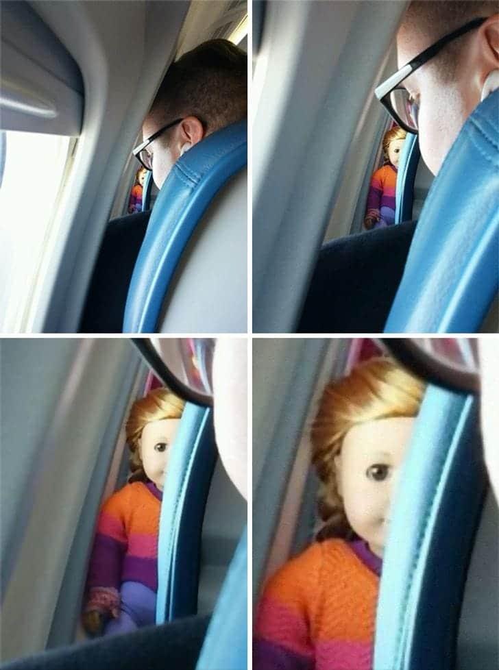 Un jouet qui fait peur dans un avion