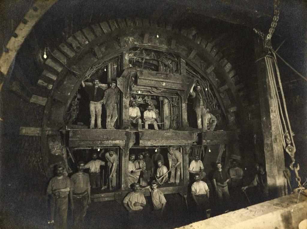 la construction du métro de londres