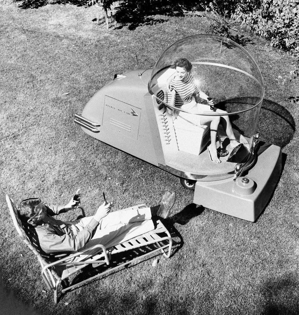 Une tondeuse climatisée en 1950