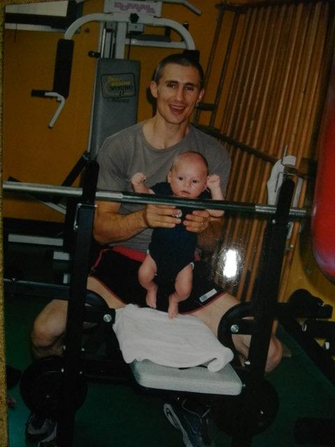 Bodybuilder Giuliano Stroe avec son père